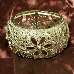 Jewelry - ⭐⭐Stretch bangle bracelet⭐⭐